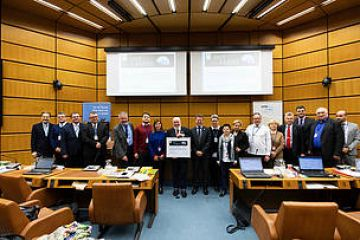 WWF presents its highest award to Danube basin commission